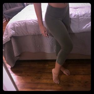 Lululemon low rise wunder under crops light olive